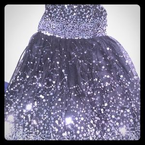Girls holidsy/party dress